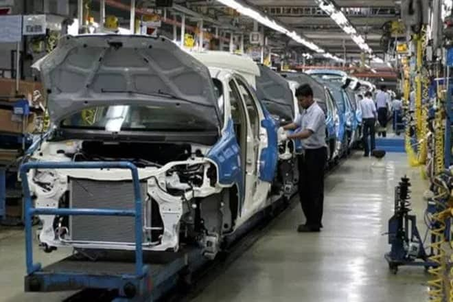 Auto industry to reduce imports